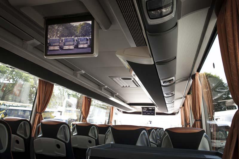31-49er-Bus2