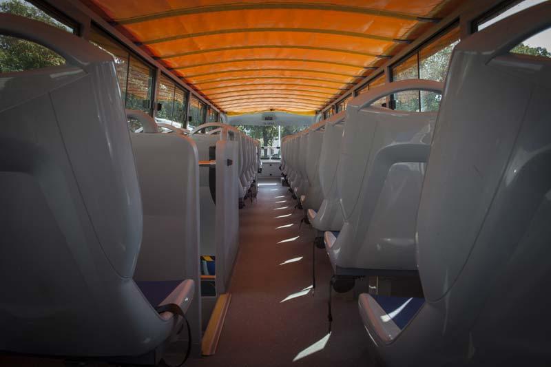 sightseeingbus3